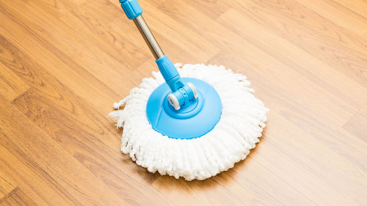 How to clean vinyl floor