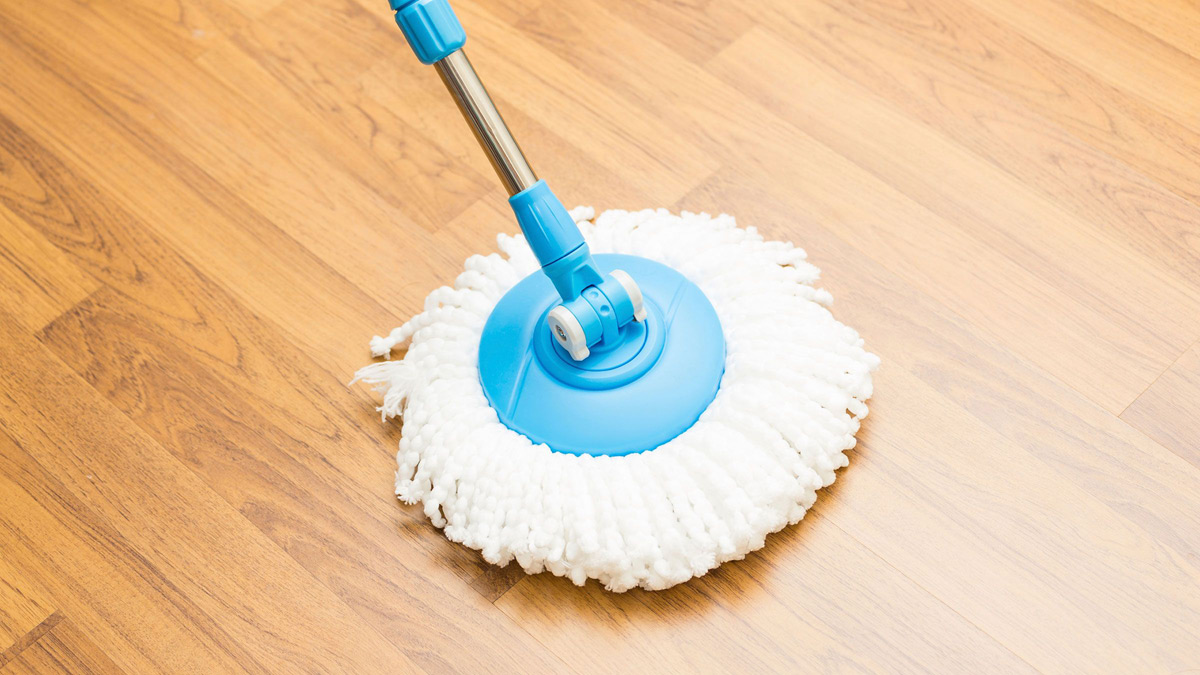 How to clean vinyl floor