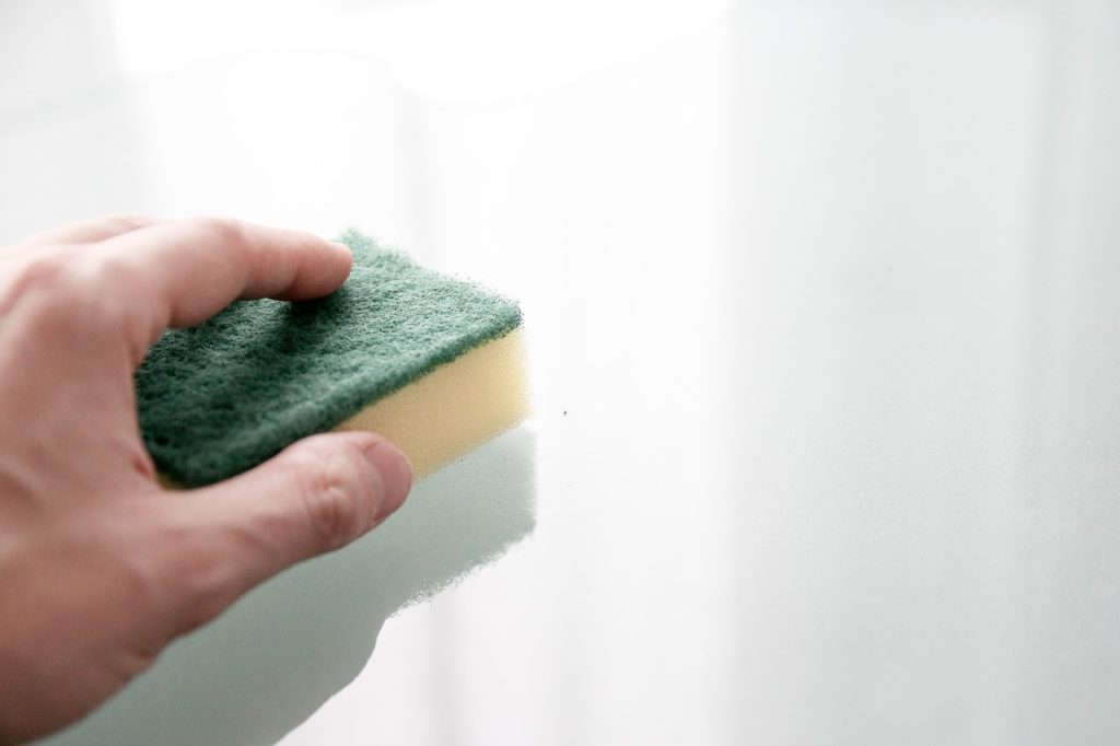 How to keep a clean house schedule