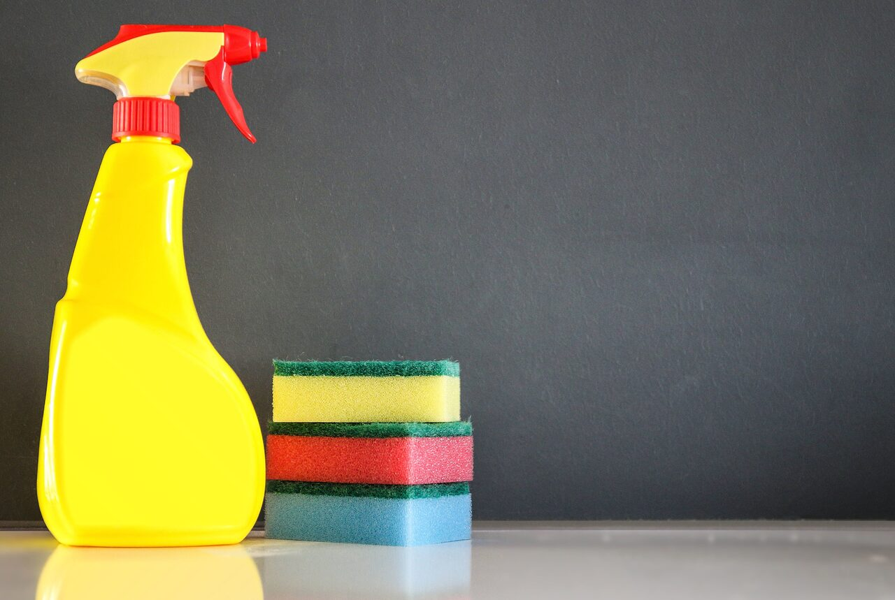 How to pick carpet cleaner spray