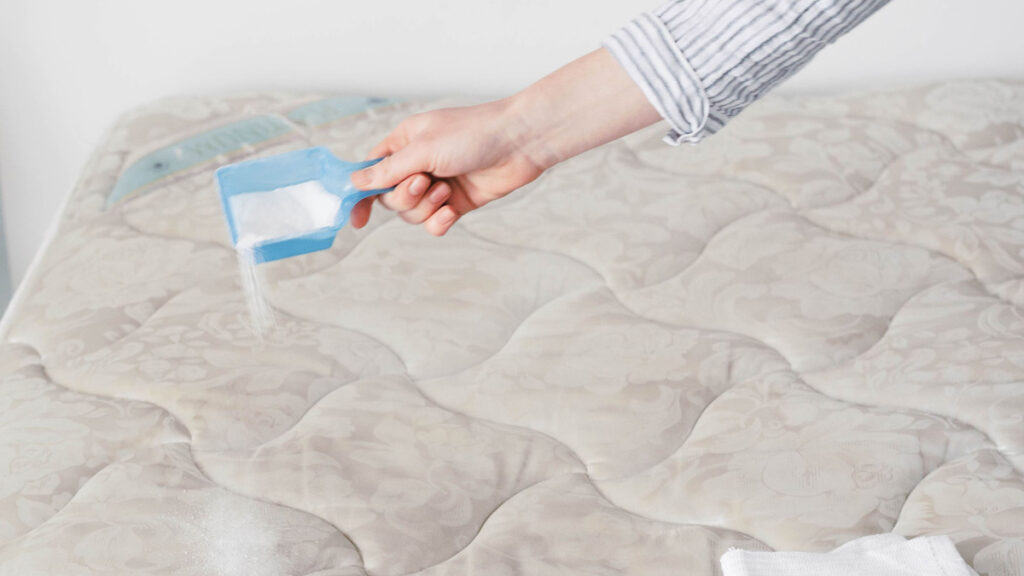 cleaning mattress urine